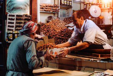 Czym jest handel barterowy i w jaki sposób wpłynął na kształtowanie się współczesnego rynku?